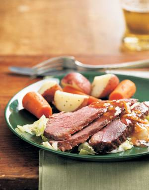 Marmalade-Glazed Corned Beef with Carrots & Potatoes