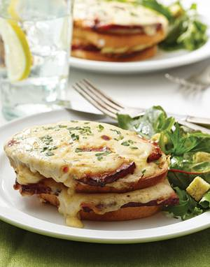 Croque Monsieur with dijon béchamel