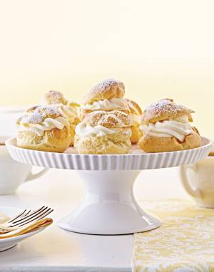 Cream Puffs with Lemon Cream
