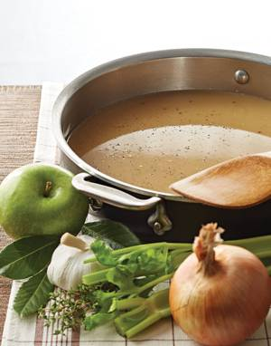 Make-Ahead Turkey Stock