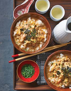 Oyakodon (Poached Chicken and Egg in Dashi and Soy Broth)